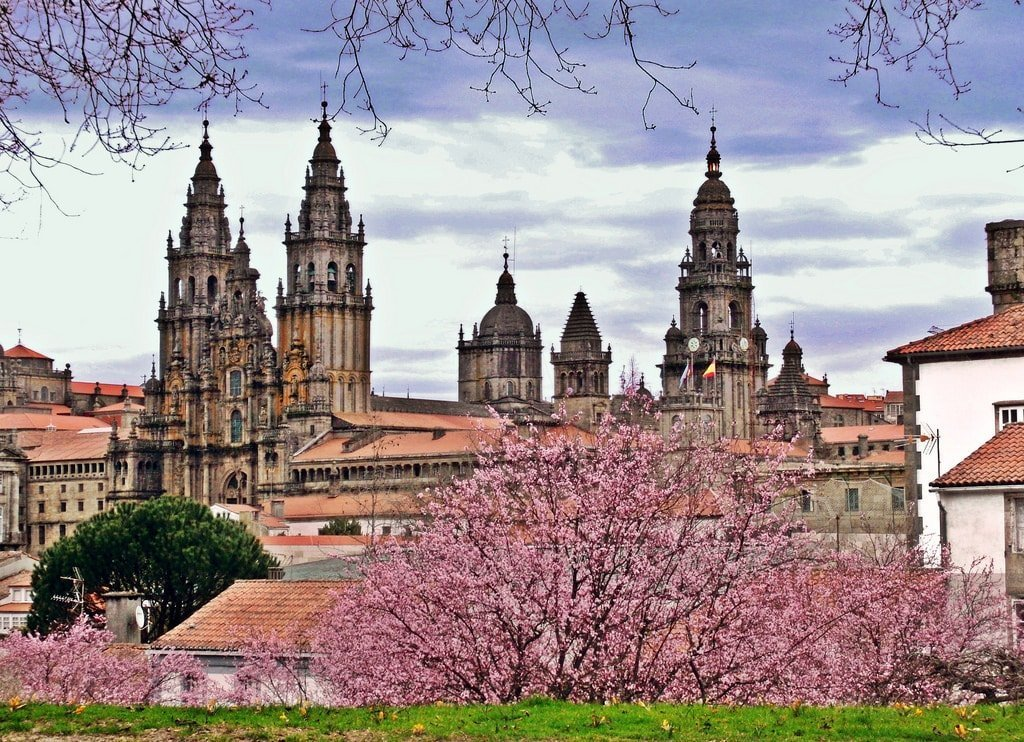 Primavera Santiago de Compostela GaliWonders-min