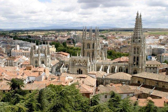 Catedral de Burgos GaliWonders min