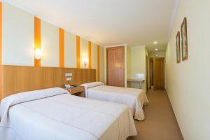 hotel2 min
